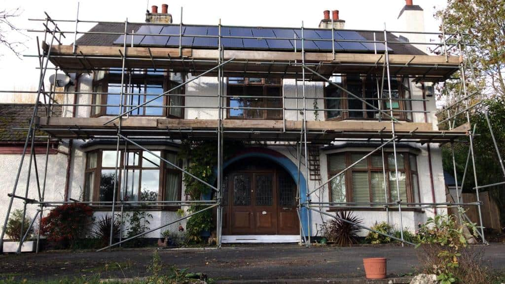 Scaffolding for Gutter Replacement
